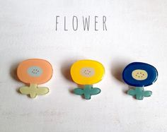 Flower brooches