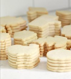 Nutmeg Sugar Cut-Out Cookie Recipe Rolled Sugar Cookies, Sugar Cookies Recipe, Yummy Cookies, Coconut Cookies, Iced Cookies, Cut Out Cookie Recipe, Cut Out Cookies, How To Make Cookies, Cookie Flavors