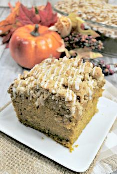 Easy Pumpkin Coffee Cake With Streusel Topping - Saving You Dinero Pumpkin Coffee Cakes, Pumpkin Cake Recipes, Pumpkin Dessert, Easy Desserts, Dessert Recipes, Cooking Pumpkin, Streusel Topping, Coffee Recipes, Let Them Eat Cake