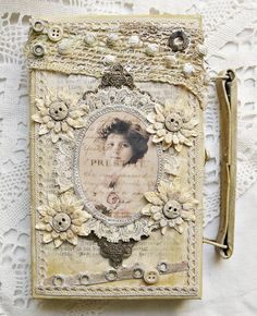 Shabby Chic Inspired so many things to look over....