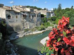 Pontaix, Drôme, France. http://www.sonneundlavendel.de/bilder/vercors/vercors019.jpg
