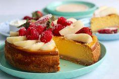 Healthy baked pumpkin cheesecake | Grain free, gluten free, refined sugar free!