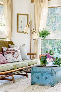 Instead of a retro camp stools in a treehouse living room, try out a comfy, plush sofa, with floor lamps in place of flashlights for a grown-up finish. Finally, add a trunk for all your storage.