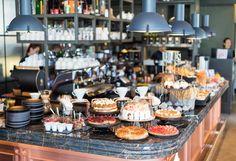 Φύγαμε για brunch στο Blends! - www.olivemagazine.gr Brunch Buffet, Table Settings, Fashion, Moda, Fashion Styles, Place Settings, Fashion Illustrations, Tablescapes