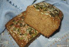 Celozrnný chlebík Kefir, Meatloaf, Ham, Banana Bread, Food And Drink, Homemade, Baking, Healthy, Desserts