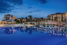 Selge Beach Resort & Spa,  Selge Beach Resort & Spa Oteli, Antalya Manavgatta 106.00m2 alan üzerine kuruludur. 2016 yılında tadilattan geçen otelde, 719 oda bulunmaktadır. Otel, Antalya havalimanı 75 km mesafededir.  Bayanlar ve Baylar için ayrı ayrı havuzları bulunan otelde Alkol satışı ve kullanımı yasaktır. İslami otel, halal travel, halal hotel