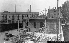 Construcción de la cochera de Pedro IV en 1881.Al fondo,La Escocesa.AHPN.
