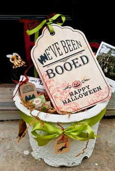 I love Booing Neighbors during October! Boo Sign in Basket - other Halloween printables on site. #printable