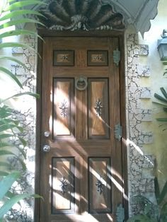 Hand painted door by Donzine Painted Doors, Painting Inspiration, Hand Painted, Furniture, Home Decor, Decoration Home, Room Decor, Home Furnishings, Home Interior Design