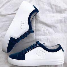 45f7fa761c 10 mejores imágenes de tenis chanel en 2019 | Fashion Shoes, Loafers ...