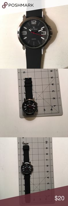 NWOT Men's fashion watch NWOT Men's fashion watch, see photos for approx measurements Accessories Watches