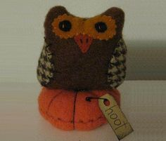 Autumn Owl Pin Cushion