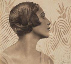 Margaret Vyner - Harold Cazneaux - c. 1931