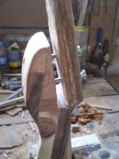 Cómo hacer un arco de madera   Bricolaje Aficionados, Arms, Arrow, Archery Bows, Wooden Arch, Archery, Wooden Serving Trays, Woodworking Furniture, Composite Bow