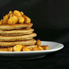 Bonjour la #fitfam 😄 Aujourd'hui j'vous montre un #latergram des pancakes d'hier : Pomme-canelle 😍 Je vous prépare la recette tout à l'heure ! Hier j'ai fait quelques mises à jour sur mon blog, notamment je vous ai créé un index des recettes sucrées 🤓 (les salées sont trop peu nombreuses pour en avoir besoin pour le moment 😌) ! J'espère que ça vous permettra de vous y retrouver plus facilement ! 😘 ------------------------------------------------------------------------------ 🔽Retrouvez…