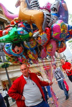 Balloon Seller in Nottingham, England by fastelliot