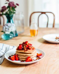 These easy banana pancakes are lightly sweet and fluffy, made with a bit of whole wheat flour. Here's how to make banana pancakes.