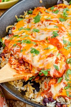 If you love Mexican food - then Impress with this delicious Mexican Chicken and Rice. Slimming World and Weight Watchers friendly Slimming World Fakeaway, Slimming World Dinners, Slimming World Chicken Recipes, Slimming World Recipes Syn Free, Slimming World Diet, Slimming Eats, Healthy Eating Recipes, Healthy Cooking, Mexican Food Recipes