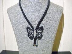 Zwarte vlinder ketting met franjes met Swarovski door Seadbeady