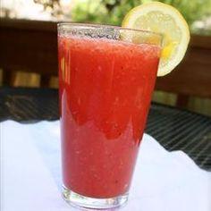 Agua de sandía, fresa y limón @ allrecipes.com.mx