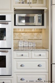 placement for microwave Kitchen Doors, Kitchen Redo, New Kitchen, Kitchen Storage, Kitchen Remodel, Kitchen Ideas, Kitchen Photos, Garage Storage, Diy Storage