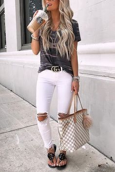 cute and casual spring outfits to update your wardrobe. Cute Outfits Ideas To Wear During Spring. Cute Outfits Ideas To Wear During Spring Casual Summer Outfits, Stylish Outfits, Fall Outfits, Summer Skinny Jeans Outfits, Grey Skinny Jeans Outfit, White Skinnies, Summer Outfits Women, Fashion 2020, Look Fashion