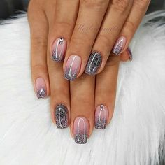 Image may contain: one or more people and closeup nail art designs 2019 elegant nail designs for short nails holiday nail stickers self adhesive nail stickers best nail polish strips 2019 Gorgeous Nails, Pretty Nails, Acrylic Nail Designs, Nail Art Designs, Acrylic Nails, Sparkle Nail Designs, Bridal Nail Art, Dipped Nails, Nagel Gel