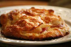 Gyors szalonnás-túrós lepény váratlan vendégeknek Pizza Recipes, Cake Recipes, Cooking Recipes, Cooking Food, Hungarian Recipes, Hungarian Food, No Cook Meals, Quiche, Sandwiches