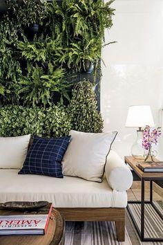 A Living Room Backdrop!