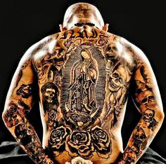 How do you like this tattoo? Cholo Tattoo, Tattoo Son, Chicano Tattoos, Dope Tattoos, Back Tattoos, Tattoos For Guys, Tatoos, Chicano Rap, Criminal Tattoo