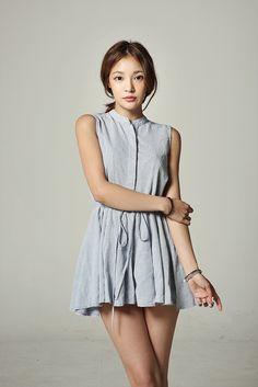 Ideas for fashion korean street shorts Korean Fashion Work, Korean Fashion Online, Korean Fashion Trends, Trendy Fashion, Fashion Outfits, Fashion Hair, Classy Street Style, Cute Leggings, Pretty Asian