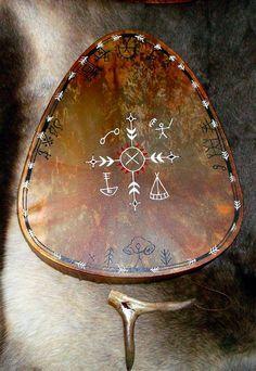 Handmade Shaman Drums from Finnish Lapland Ancient Aliens, Wicca, Magick, Larp, Potnia Theron, Arte Inuit, Berber, Native American Art, American Symbols