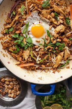 No need for a takeout! This Indonesian Fried Rice Nasi Goreng will surely become your favourite recipe. Rice Recipes, Asian Recipes, Dinner Recipes, Cooking Recipes, Healthy Recipes, Ethnic Recipes, Indonesian Fried Rice Recipe, Indonesian Food, Indonesian Recipes