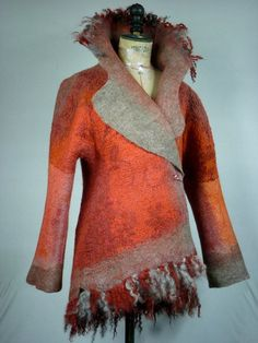 What a lovely jacket Creative Textiles, Wool Art, Art Textile, Nuno Felting, Felt Art, Fabric Art, Shibori, Wearable Art, Boho Fashion