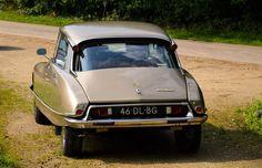 Citroën DS 20 Pallas - 1974 Citroen Ds, Fiat, Classic Cars, Automobile, French, Vehicles, Interior, Wheels, Autos