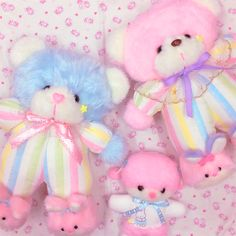 Twinkle, Twinkle: Photo- The Effective Pictures We Offer You About Stuffed Animals llama A quality picture can tell you many things. You can find the most beautiful pictures that can be Softies, Plushies, Baby Pink Aesthetic, Cute Stuffed Animals, Cute Plush, Creepy Cute, Kawaii Cute, Baby Daddy, Twinkle Twinkle