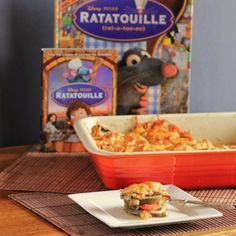 This Homemade Disney Ratatouille is a great vegetarian entree to enjoy any night of the week. The Disney movie-inspired recipe is just like the version depicted in the blockbuster. Disney Menus, Disney Food, Disney Recipes, Disney Dinner, Disney Inspired Food, Vegetarian Entrees, Food Dishes, Side Dishes, Main Dishes