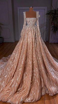 Glamorous Dresses, Glam Dresses, Stunning Dresses, Beautiful Gowns, Stylish Dresses, Pretty Dresses, Fashion Dresses, Formal Dresses, Reign Dresses