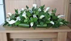 calla lily top table arrangements - Google Search
