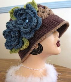 Crochet Vintage 1920s Style Cloche Hat by MaybeLemon on Etsy, $38.00 Crochet Cap, Crochet Beanie, Knitted Hats, Sombrero A Crochet, Knitting Patterns, Crochet Patterns, Crochet Woman, Beanie Hats, Beanies