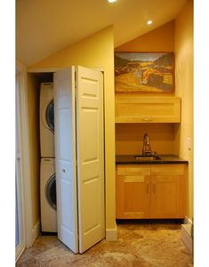 Laundry Photos Under Stairs Design, Pictures, Remodel, Decor and Ideas – page 2 – Laundry Room İdeas 2020 Laundry Room Wall Decor, Laundry Room Signs, Laundry Room Organization, Laundry In Bathroom, Room Decor, Laundry Area, Laundry Closet, Basement Bathroom, Modern Laundry Rooms