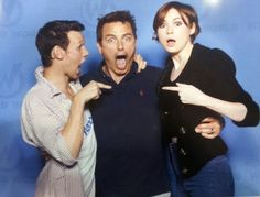 John Barrowman interrupts Matt Smith and Karen Gillans photo op at Wizard World Chicago.   Doctor Who 11 Amy Pond Captain Jack.   They were all awesome. .. if you get the chance to meet them..don't hesitate.  They all seem so genuinely nice.