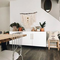 Dinner Guests Will Swoon Over These 10 Dining Room Storage Ideas. Dinner Guests Will Swoon Over These 10 Dining Room Storage Ideas Clever Kitchen Storage, Kitchen Storage Containers, Dining Room Storage, Dining Room Design, White Buffet Table, Dinner Room, Deco Addict, Essentials, Small Living Rooms