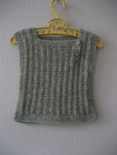 Ravelry: Woollahoo's Willow baby vest Free Baby Blanket Patterns, Baby Knitting Patterns, Baby Patterns, Ravelry, Baby Girl Vest, Knit Vest Pattern, Baby Pullover, Knitted Baby Blankets, Knitting For Kids