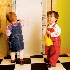 Instant Easel.  Hang a roll of paper from a closet door to give your child easy access to a continuous canvas that's perfectly proportioned for both her small stature and her enormous creativity. For convenience, use that same closet to store art supplies, including newspaper (to tape on the door) and an old vinyl tablecloth (to spread on the floor for messier projects).
