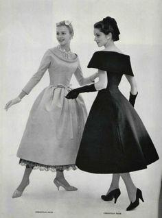 ディオール、1957によるカクテルドレスのファッション。