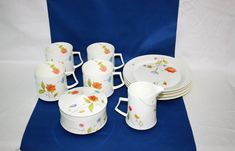 Vintage Plates, Vintage Items, Mikasa China, China Dinnerware Sets, Retro Design, Teacup, Sugar Bowl, Afternoon Tea, Bone China
