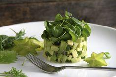 Salada de kiwi, abacate e agrião