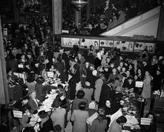 Black Friday - Macy's - 1946 My how times have changed!!!