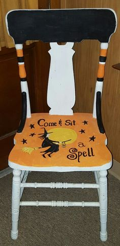 Halloween Chair - Come and sit a spell.